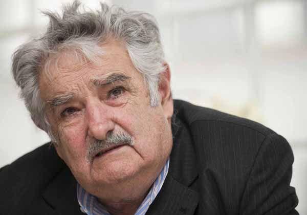 Mujica: Temo por la estabilidad institucional en Argentina