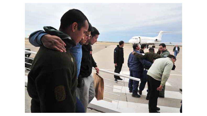 Al menos 12 muertos al chocar dos colectivos y un camión en Chubut