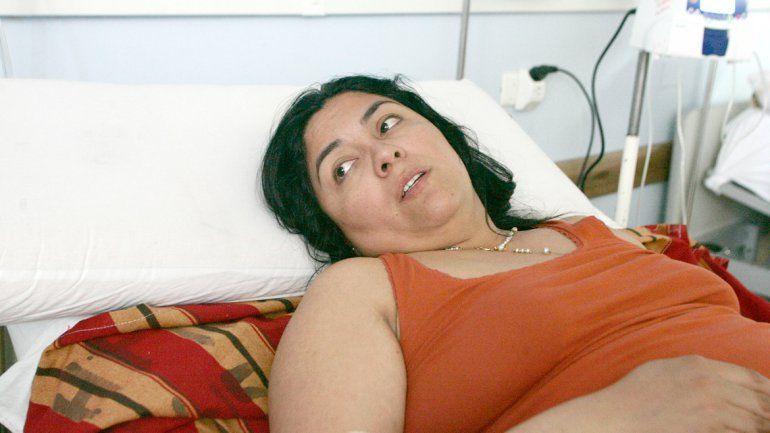 Sonia Paz en su cama del Castro Rendón