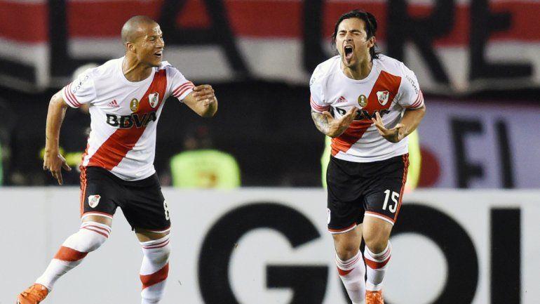 Pisculichi sacó un gol de la galera en el peor momento del Millonario. River quedó a un paso de las semifinales.