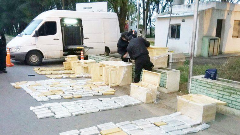 Los ladrillos de marihuana decomisados el viernes en Catriló