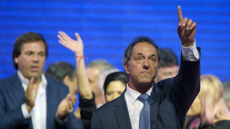 Scioli advirtió: Si fuera por Macri