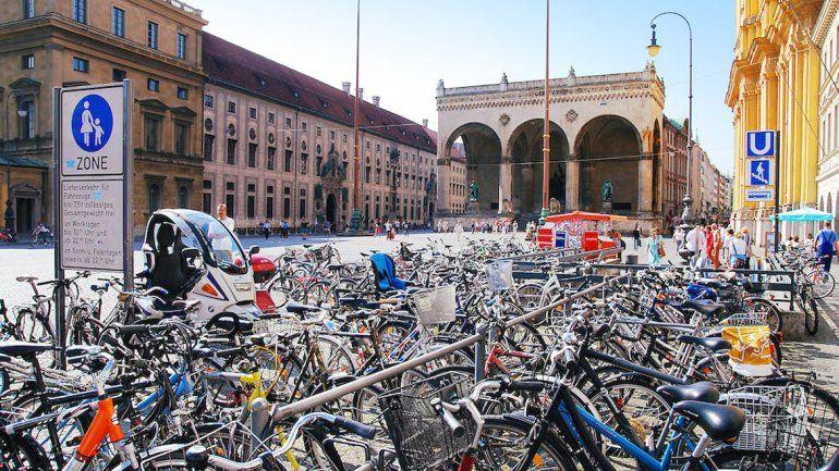 Uno de los estacionamientos de bicicletas de Múnich.
