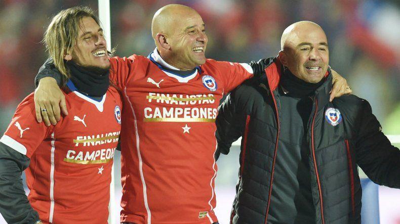 El cuerpo técnico chileno puso los ojos en un neuquino. ¿Competirá por el puesto con Bra-vo