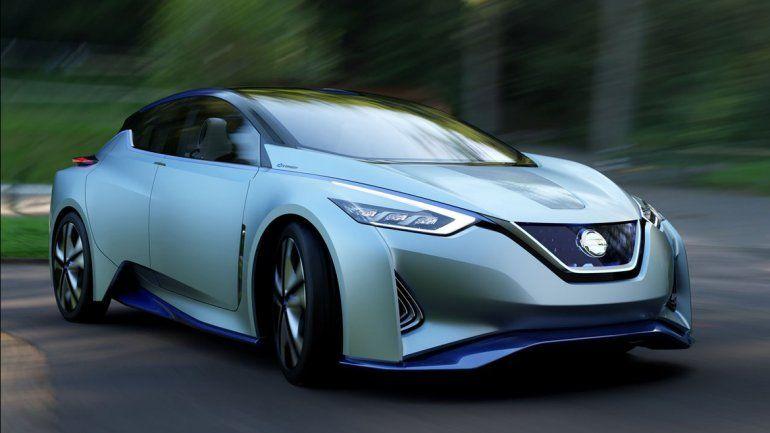 El auto que se maneja solo es furor en el Salón del Automóvil de Tokio