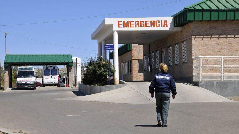 La víctima asistida en el hospital de Cutral Co.