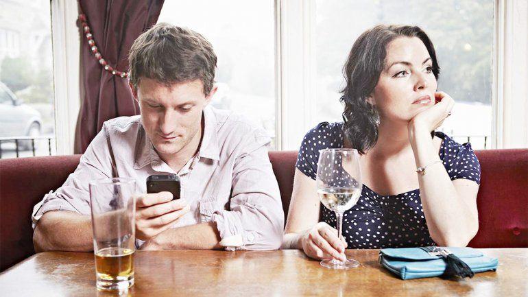 Esto no sólo sucede entre las parejas