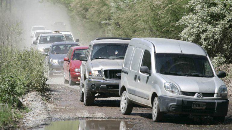 Desocupados afiliados al MPN liberaron la Ruta 7 en Centenario