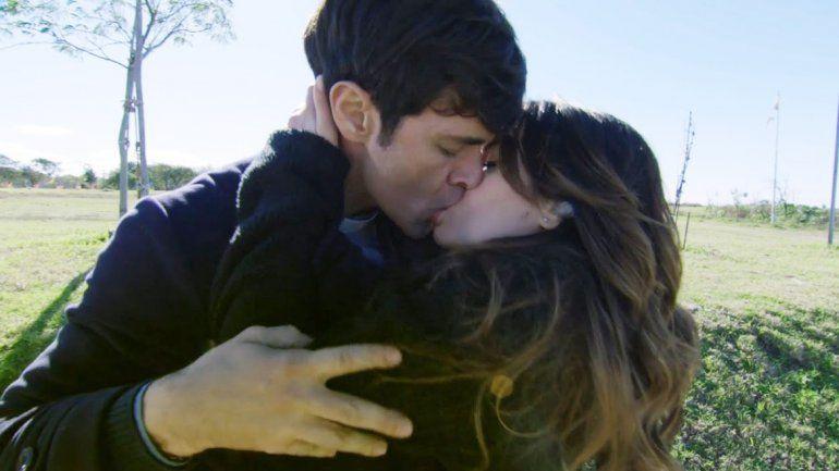 Mariano blanqueó el noviazgo con Lali