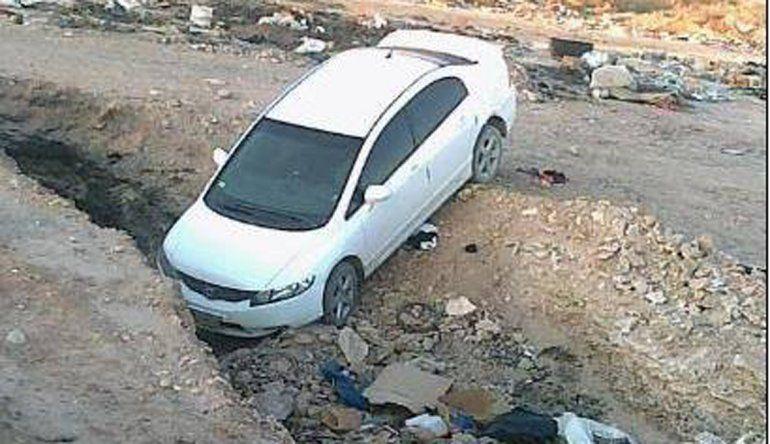 Asaltaron a una familia, robaron dos autos y los abandonaron en la Meseta