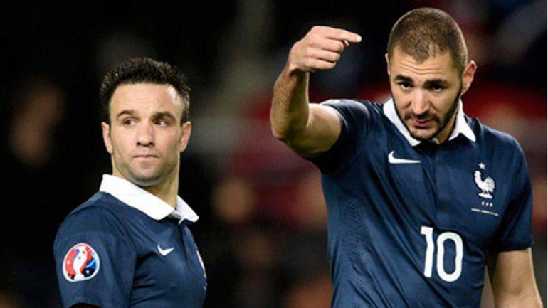 Mathieu Valbuena y Karim Benzema en la selección de Francia.