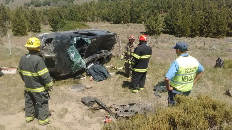 El accidente se registró en la Ruta 23 a unos 30 kilómetros de Junín de los Andes.