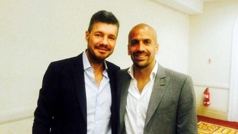 Tinelli y Segura difunden el apoyo a través de las redes sociales.