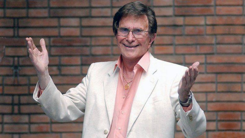 El conductor de televisión Silvio Soldán tiene 80 años.