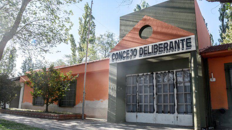 El edificio estuvo cerrado. Un cartel indicaba que se estaban realizando reparaciones.