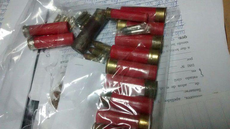 Secuestraron municiones y droga en Toma Lanín