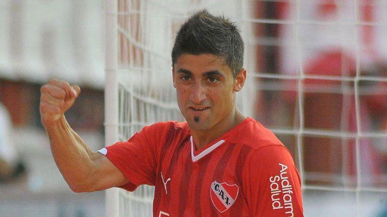 Bou se recuperó de un desgarro y será titular en Racing. Cauteruccio quiere asegurar el ingreso a la Copa del Ciclón. Pisano estará en Independiente.