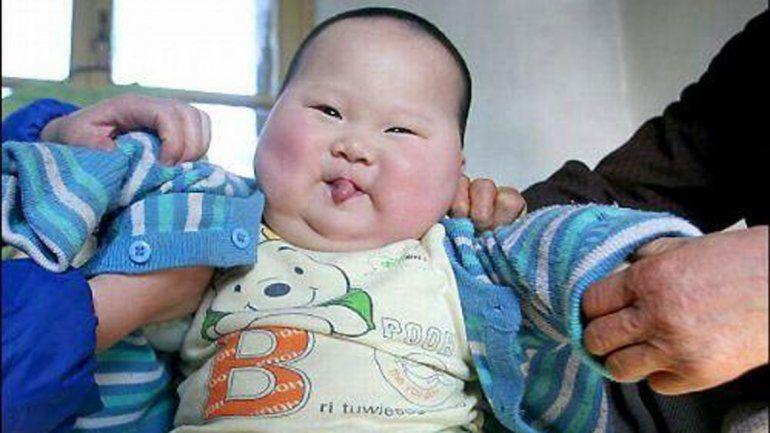 China calcula 3 millones más de bebés al año tras cambio de política