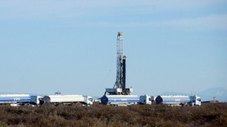 Chevron se llama a silencio y patea el problema a YPF