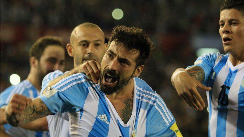 Los festejos de los goles: Lavezzi
