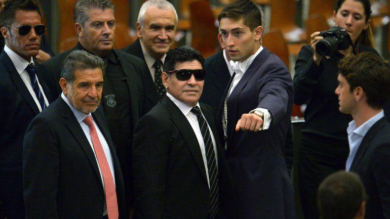 Maradona condenó los ataques terroristas en Francia