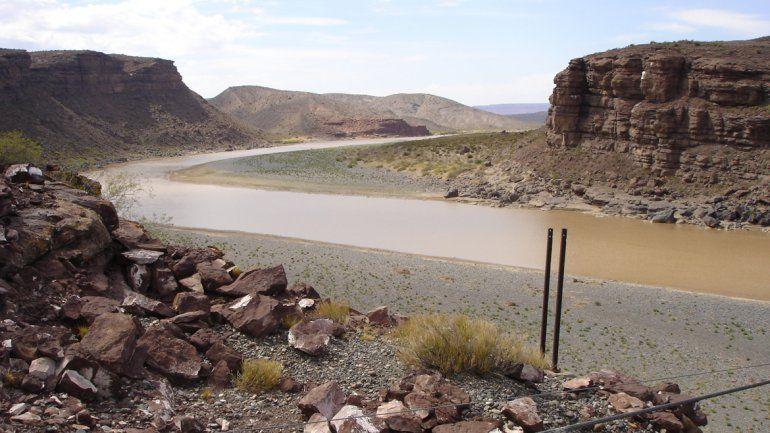 La construcción de la represa sobre el río Neuquén quedó a la espera de lo que suceda el domingo que viene con la elección a presidente.