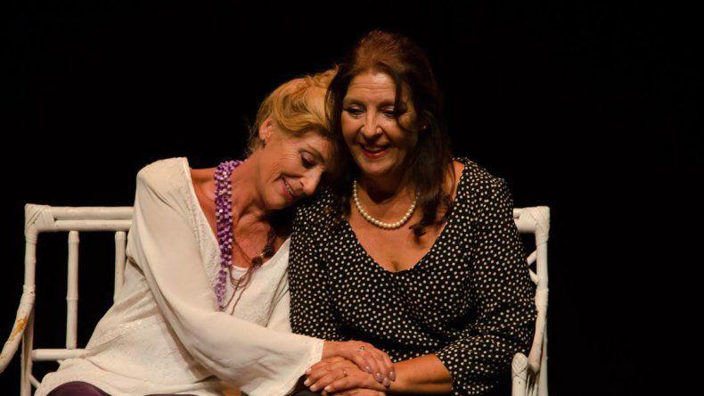 De profesión maternal fue seleccionada como segunda suplente para el Nacional de Teatro.