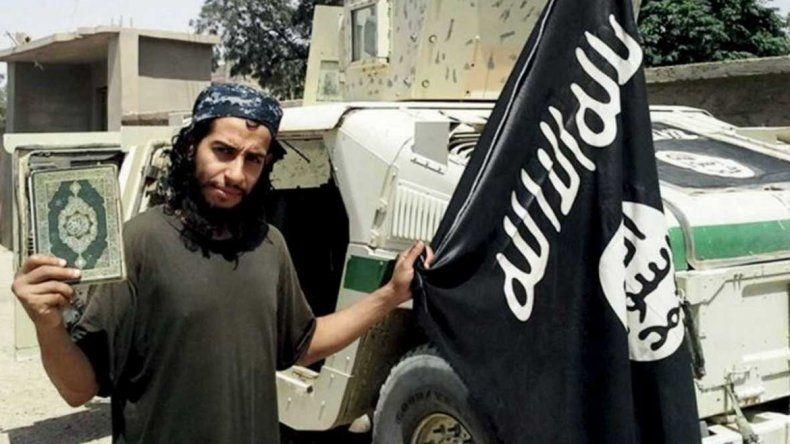 Asesinaron al terrorista que organizó los ataques en París