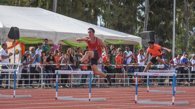 Neuquén ya tiene su pista internacional de atletismo