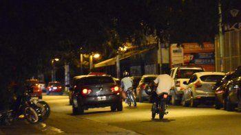 Gran cantidad de motos en el barrio Río Grande.