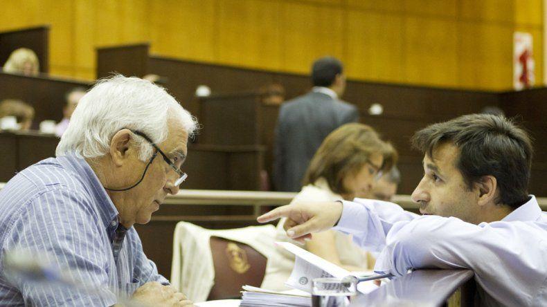 José Russo y su par en la bancada del MPN