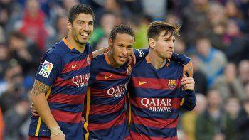 Messi, Neymar y Suárez volvieron a volar en el Camp Nou para una nueva goleada.
