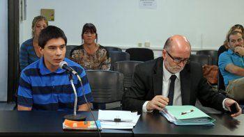 El lavacoches González, acusado del crimen, y su defensor Gustavo Palmieri.