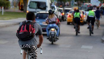 La nueva modalidad delictiva permite huir con rapidez, una vez cometido el robo. Una derivación menos mecanizada que los motochorros.