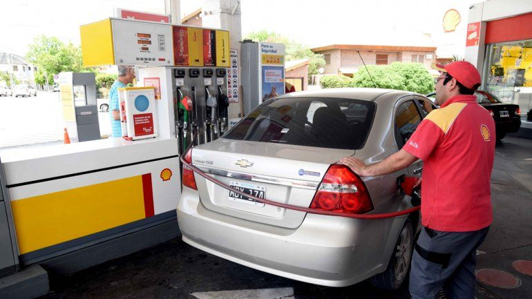 La venta de combustibles cayó un 3,5% en el primer semestre