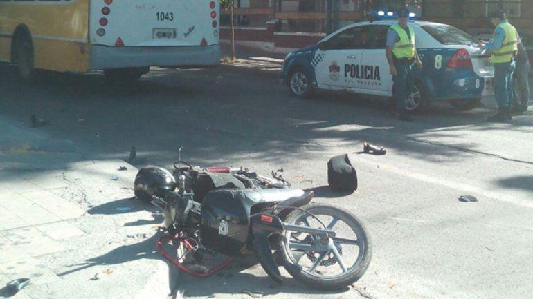 Murió una joven motociclista tras en un violento choque