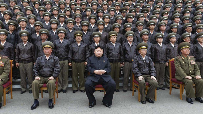 Kim Jong-un alardea
