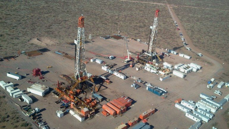 Las petroleras Shell y ExxonMobil reafirmaron su compromiso de inversión en la provincia