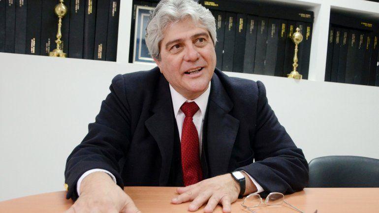 Enfermero. Sergio Rodríguez.Trabajaba en Alicurá. Fue delegado y luego dirigente sindical.