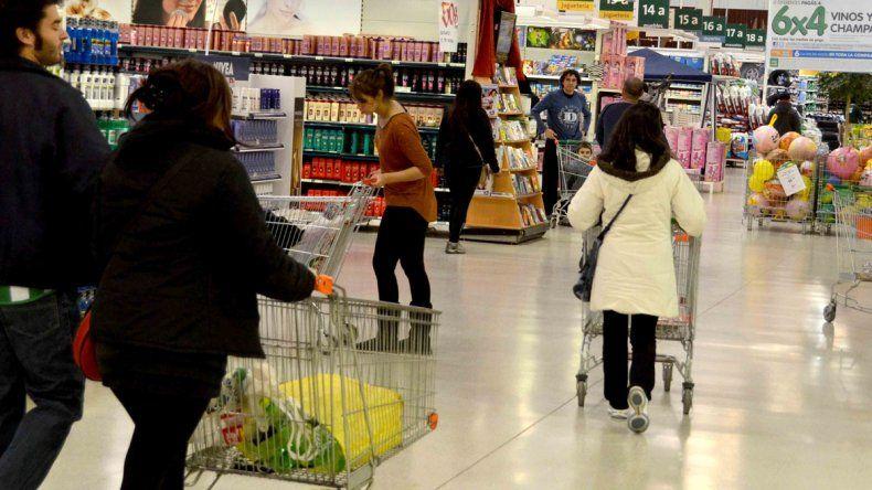 Comerciantes le pedirán a Macri retrotraer los precios a noviembre