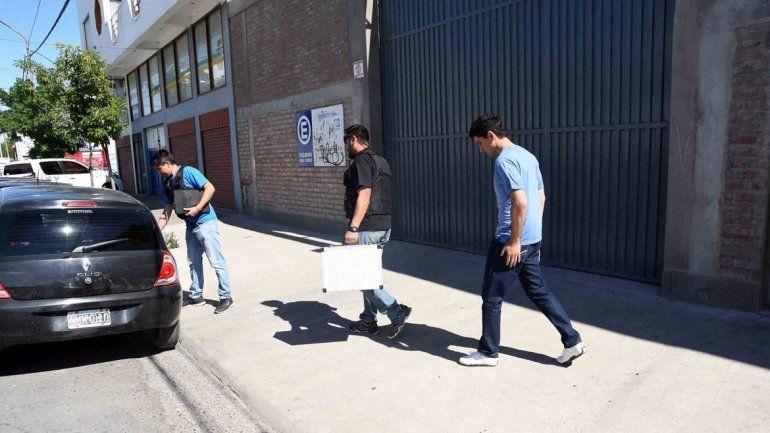 La superpantalla en el galpón en la calle Montevideo