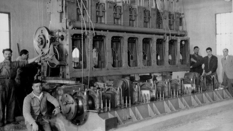 Uno de los primeros motores de la cooperativa.