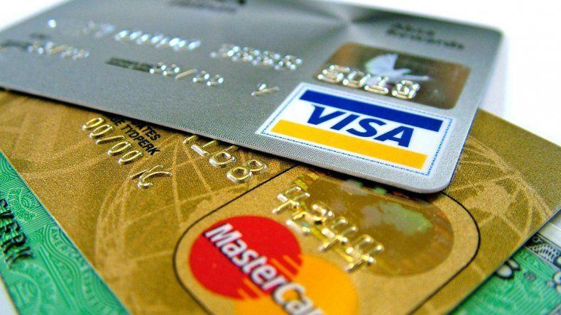 No se cobrará el 35% a compras con tarjeta que aún no fueron abonadas