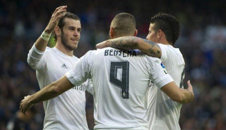 Real Madrid goleó al Rayo por 10 a 2 y se acerca a la cima