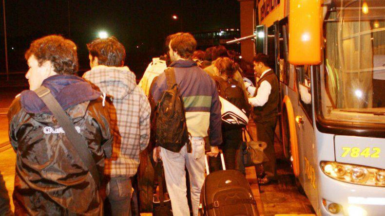 El colectivo salió de la terminal de Neuquén y allí les habrían robado el equipaje.