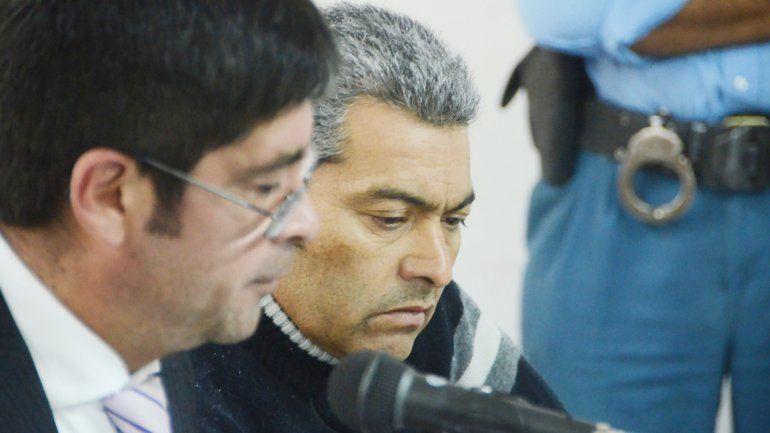 El ex policía Méndez (der.)