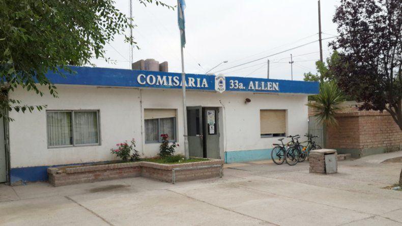 La Comisaría de Allen donde se requisó el locker del cabo de la rionegrina. El agente tenía cocaína en su casa.