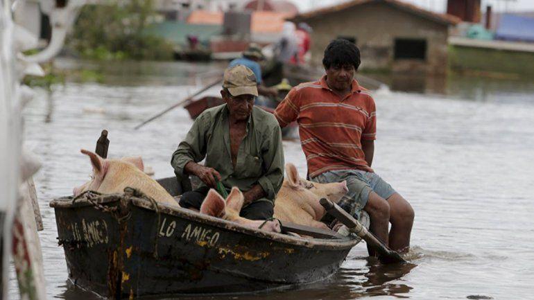 Más de 20 mil evacuados por temporal en el Litoral