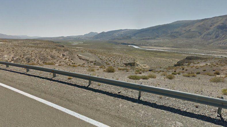 Un joven murió tras un vuelco en la Ruta 40