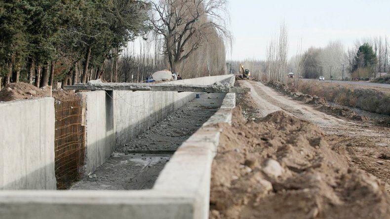 En el plan elaborado por el Gobierno se contempla la toma de créditos del BID para la construcción de canales.